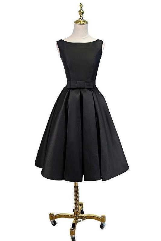 Chic Bow-Knot Bateau Neck Sleeveless Knee-Length Black Satin Bridesmaid Dress