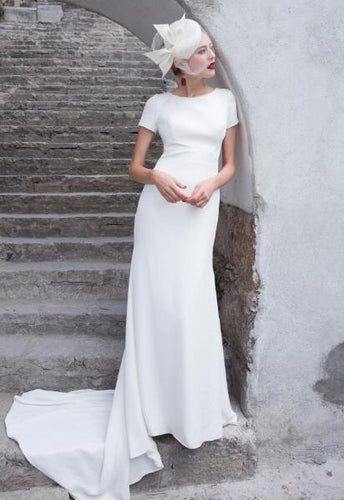 Vintage Scoop Neck Short Sleeves Bridal Gown Open Back Long Wedding Dress