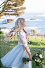 Lace Illusion Bateau Neck Half Sleeves Two Piece Knee-Length Tulle Bridal Wedding Dresses