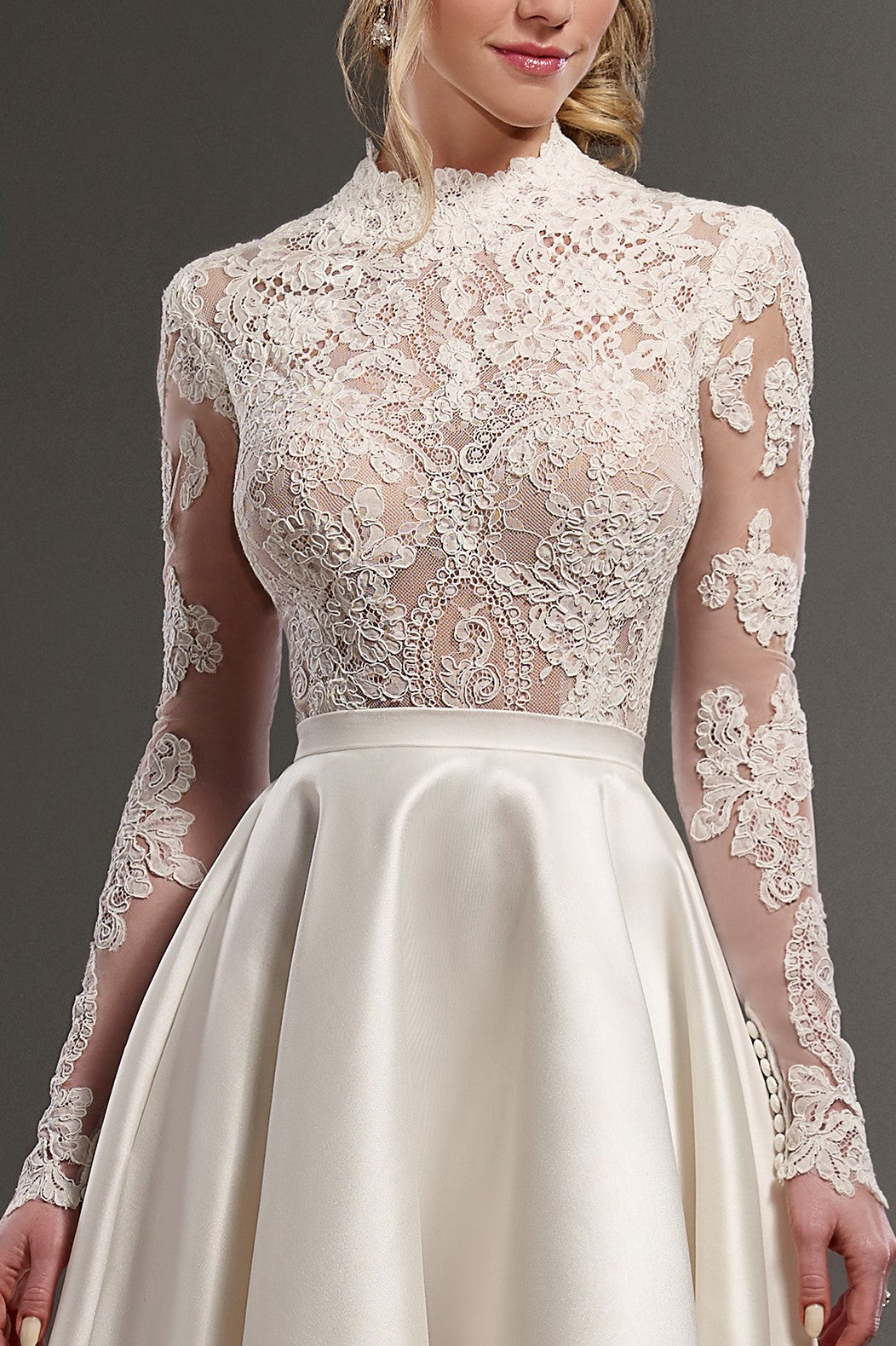 Luxury Lace Illusion High Neck Long Sleeves High-Low Trendy Bridal Wedding Dress