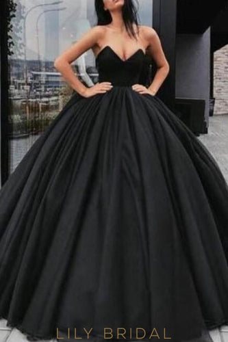 Gorgeous Strapless Sleeveless Floor-Length Solid Black Pleated Ball Gown Prom Dress