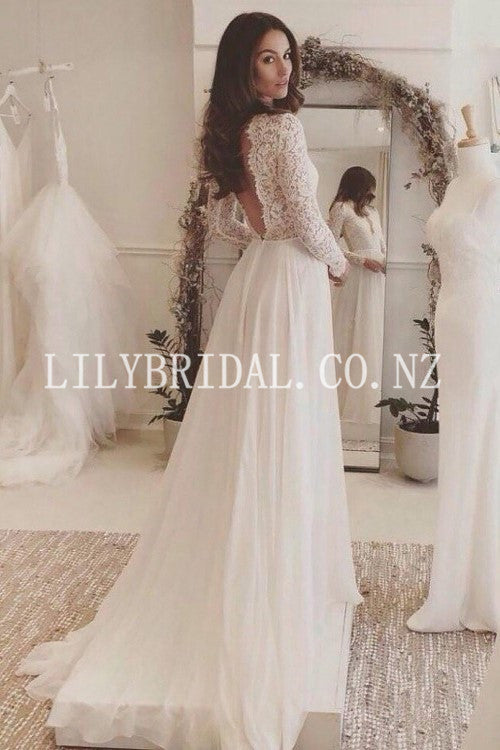 Elegant Lace Scalloped Edge Neck Long Sleeves Backless Long Beach Bridal Wedding Dress