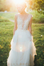 Tulle A-line Illusion Neckline Lace Wedding Dress
