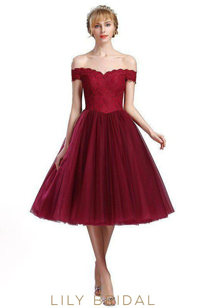A-Line Off-the-Shoulder Knee-Length Burgundy Tulle Prom Dress With Lace Bodice