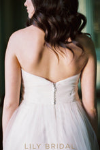 A-line Strapless Sweetheart Tulle Flounced