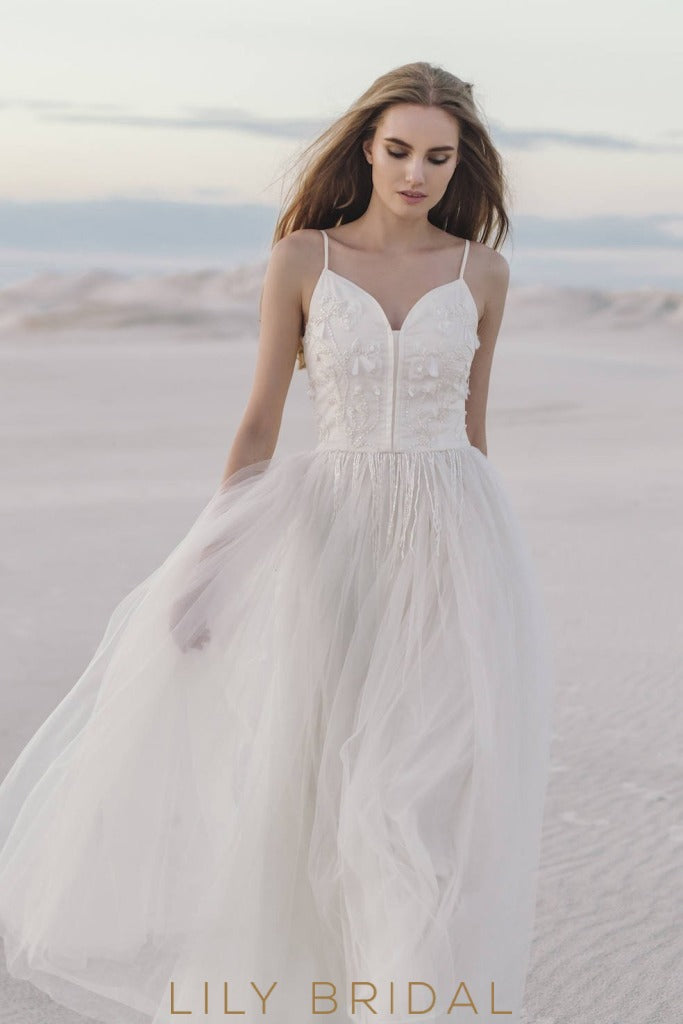 A-Line Tulle Beach Wedding Dress with Spaghetti Straps Sweetheart Neckline