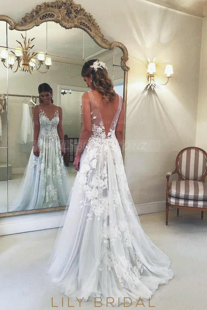Applique Illusion V-Neck Sleeveless Backless Long Solid Tulle Wedding Gown