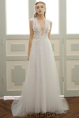 Applique Lace Deep V-Neck Sleeveless Backless Long Solid Tulle Wedding Dress
