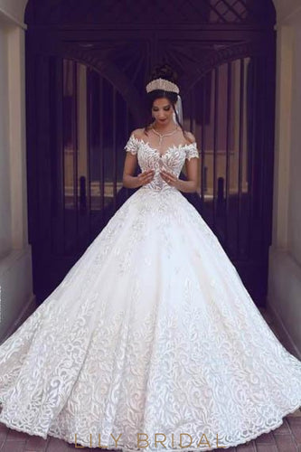 Applique Off Shoulder Cap Sleeves Zipper-Up Long Ball Wedding Gown with Cathedral Train