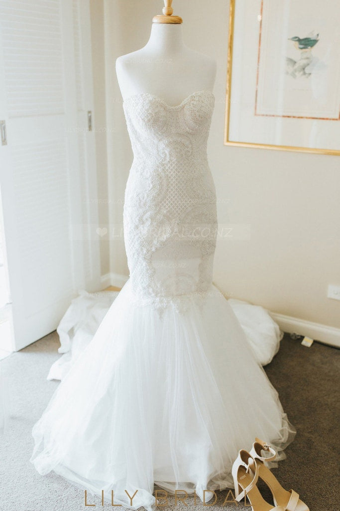 Applique Sweetheart Sleeveless Long Solid Mermaid Tulle Wedding Dress with Sweep Train