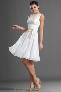 Bateau Lace-Bodice Sleeveless Chiffon Cocktail Dress With Bowknot