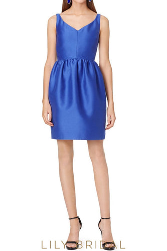 Beautiful Royal Blue Satin Sheath V-Neck Sleeveless Bridesmaid Dress