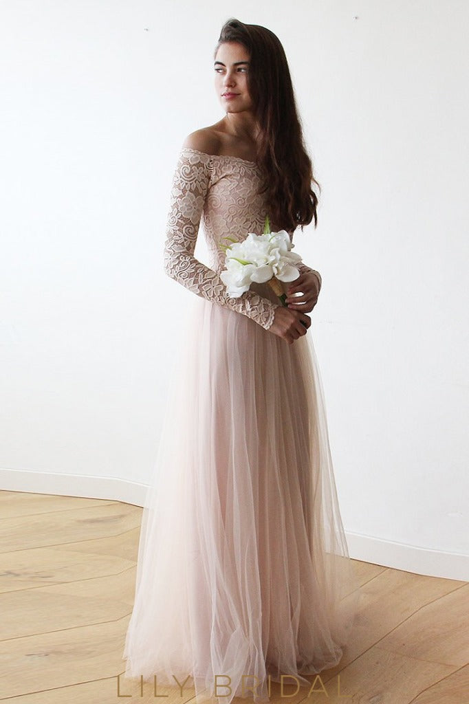 Floor-Length Tulle Bridesmaid Dress With Off-The-Shoulder Lace Bodice