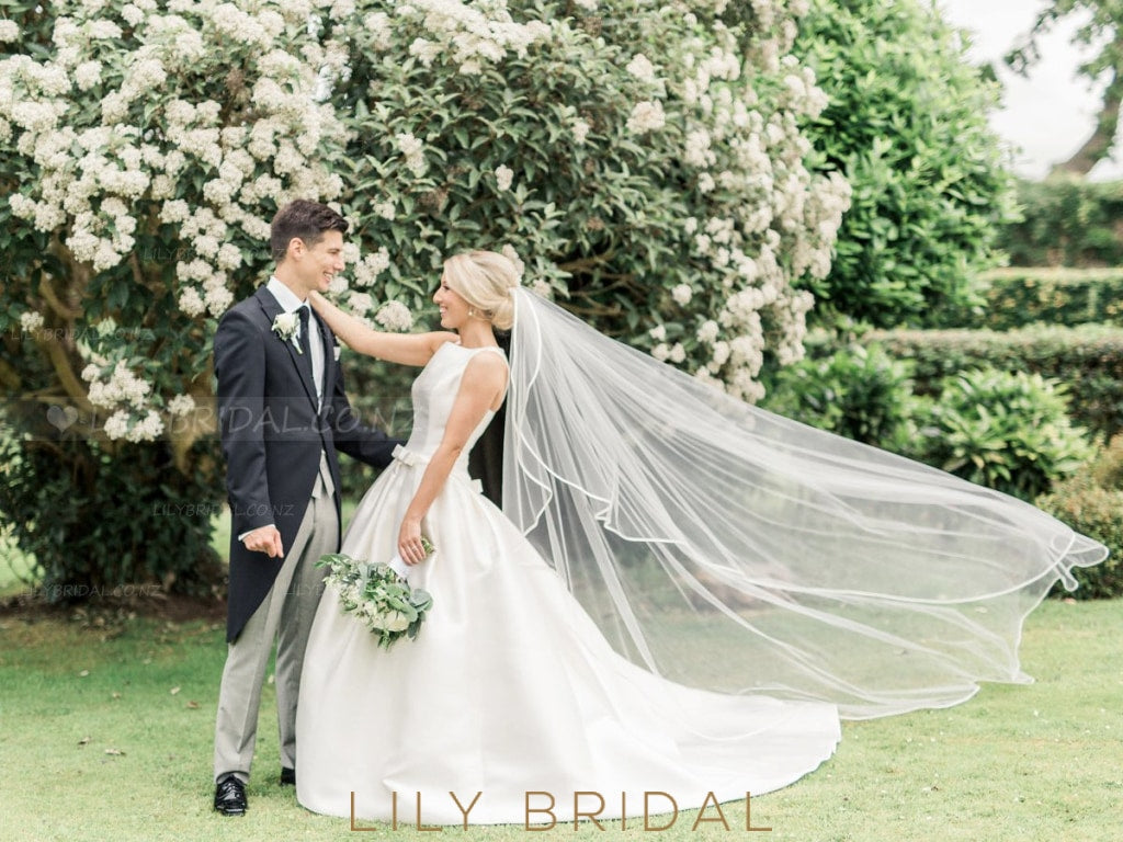 Chapel Length One Layer Bridal Veil With Satin Ribbon Edge
