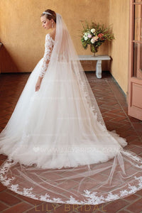 Chapel Length One Tier Bridal Veil With Lace Applique along the Edge