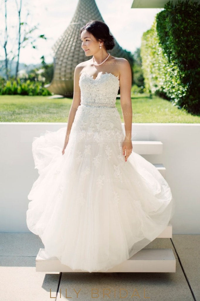 Beading Lace Sweetheart Sleeveless Long Solid Tulle Wedding Gown with Sweep Train
