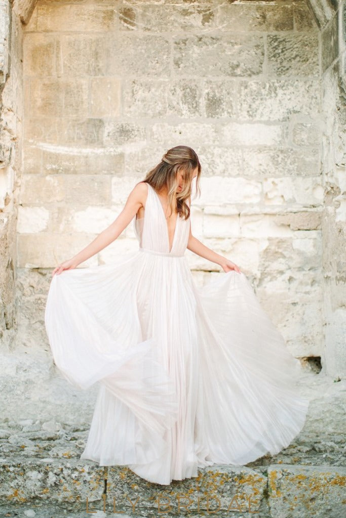 Sexy Chiffon Plunging V-Neck Boho Pleated Wedding Dress with Slit