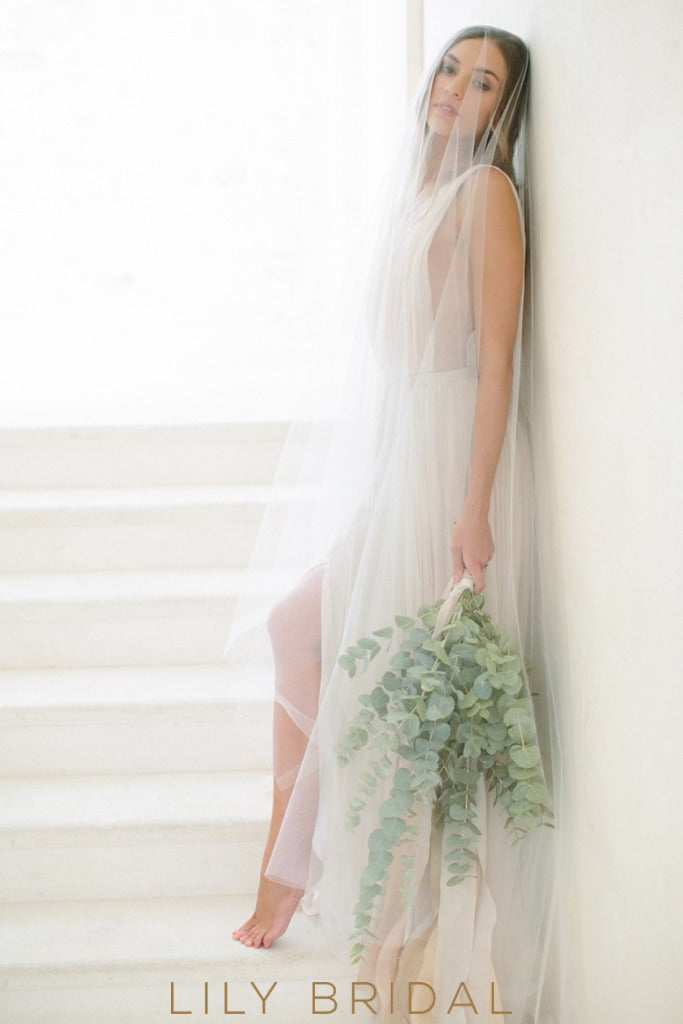 Chiffon Long Wedding Dress Plunging V-neckline Sleeveless
