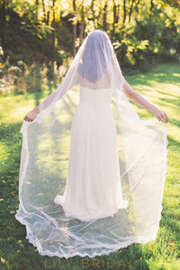 Classic One Layer Lace Edge Chapel Length Wedding Veil
