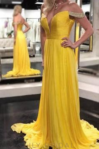 Daffodil Chiffon Off-The-Shoulder Sweep Train Prom Dress