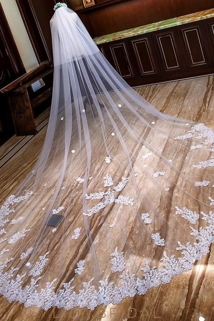 double tier weeding veil
