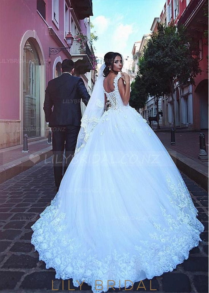 Elegant Applique Lace Straps Cap Sleeves Lace-Up Long Solid Ball Wedding Gown