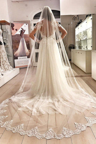 Elegant Applique One Layer Chapel-Length Tulle Wedding Veil