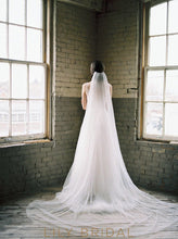 bridal veil in silk effect tulle