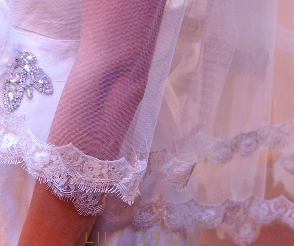 lace trim bridal veil