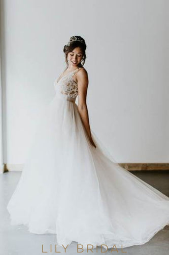 Lace Illusion V-Neck Sleeveless Empire Backless Long Solid Tulle Wedding Dress