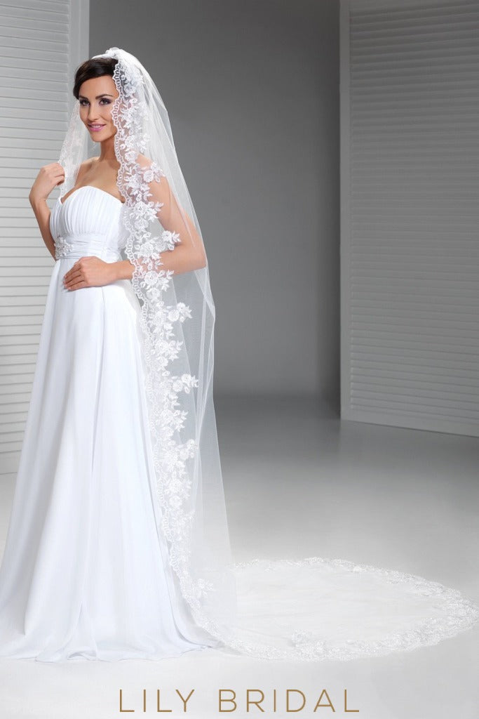 Flawless Single Layer Scalloped Lace Applique Chapel Veil on sale