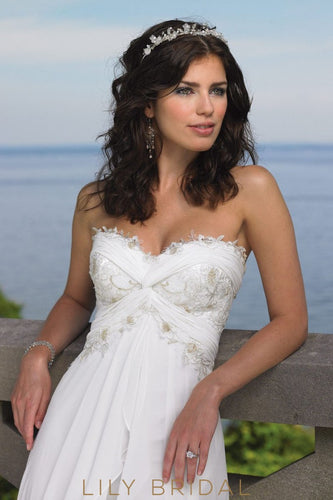 Ivory Chiffon Lace Strapless Sweetheart Neckline Beach Wedding Dress