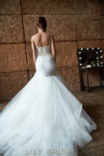 Ivory Sweetheart Dropped  Trumpet Wedding Dress with Spaghetti Straps