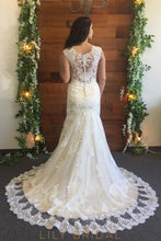 Ivory Lace Cap Sleeve Sweetheart Dropped Waist Wedding Dress