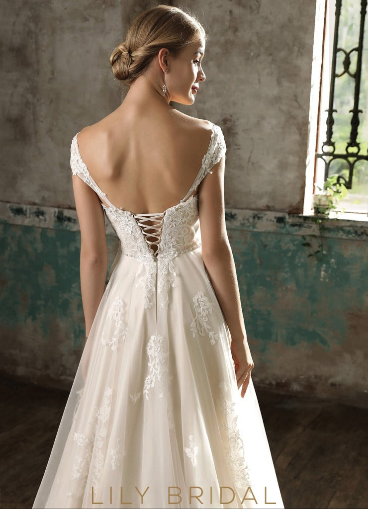 Lace Sweetheart Strapless A-Line Wedding Dress with Court Train