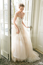 Ivory Tulle Backless Sweetheart Strapless Appliqued Wedding Dress With Lace BodiceIvory Tulle Backless Sweetheart Strapless Appliqued Wedding Dress With Lace Bodice