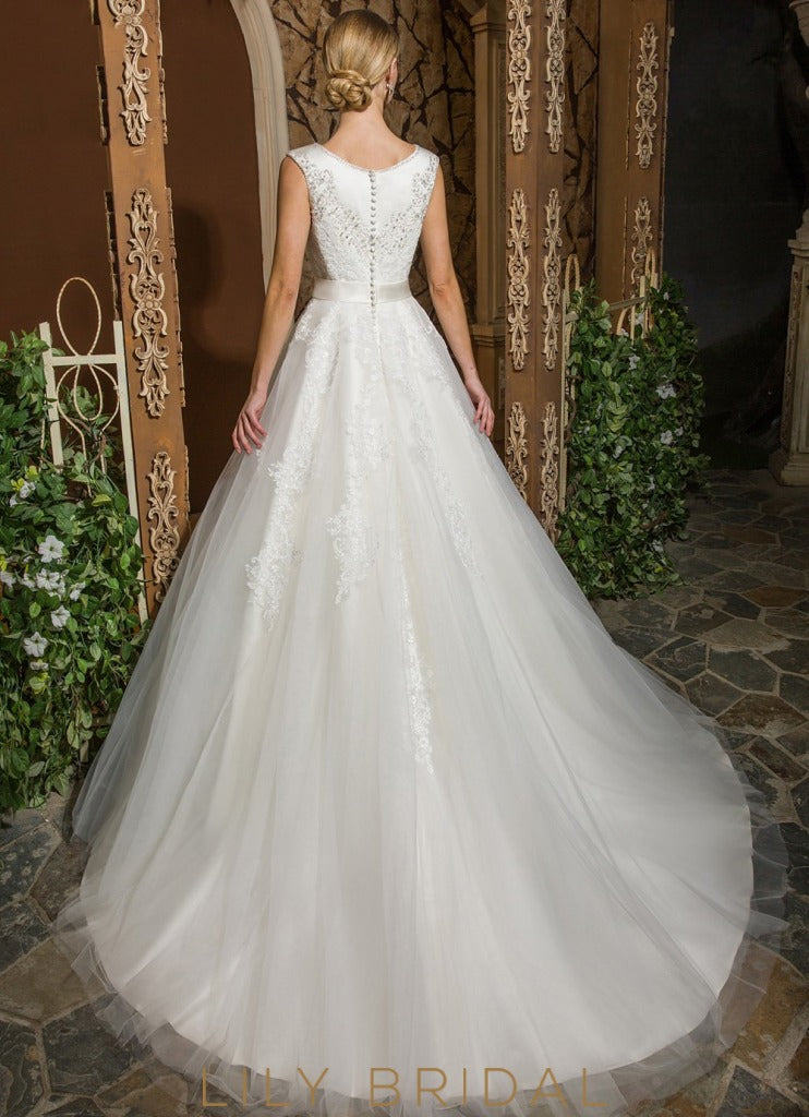 Ivory Tulle Lace Scoop Neckline Ball Gown Wedding Dress