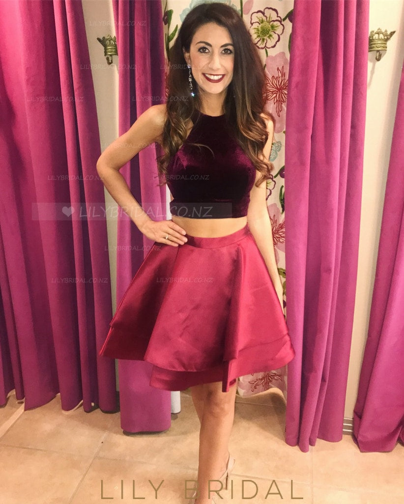 Jewel Neck Sleeveless Open Back Two Piece Short Burgundy Cocktail Dresses