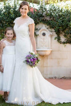 Elegant Lace Illusion Sheer Scoop Neck Short Sleeves Long Sheath Wedding Dress