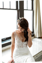 Lace Illusion Wedding Dress V-Neck Sleeveless Backless Long Fit and Flare Bridal Dress