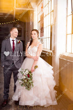 Elegant Lace Ruffles Illusion Sheer Neck Cap Sleeves Floor-Length Princess Wedding Dress Dresses
