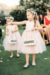 Elegant Lace Scoop Neck Sleeveless Knee-Length Solid Tulle Flower Girl Dress