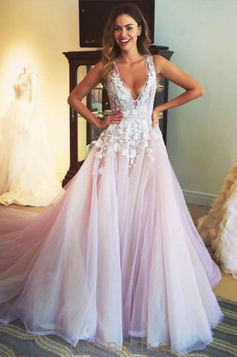 Low V-Neck Keyhole Back Court Train Tulle Wedding Dress With Applique