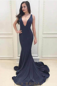 Mermaid Low V-Neck Elastic Woven Satin Prom Dress With Court Train