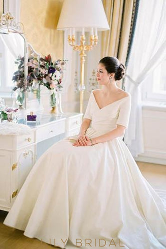 Off White Vintage Wedding Dresses with Sleeves