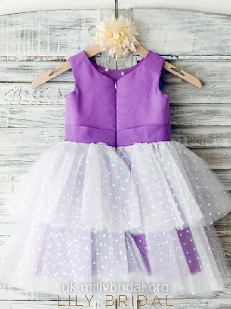 Knee-Length Scoop Layered Flower Girl Dress With Corsage