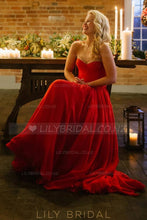 Elegant Lace Sweetheart Sleeveless Long Solid Ruched Chiffon Red Wedding Dress
