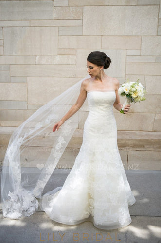 One Layer Cut Edge Chapel Veil With Lace Applique