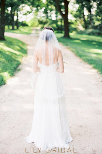 One Layer Hip Length Wedding Veil With Lace
