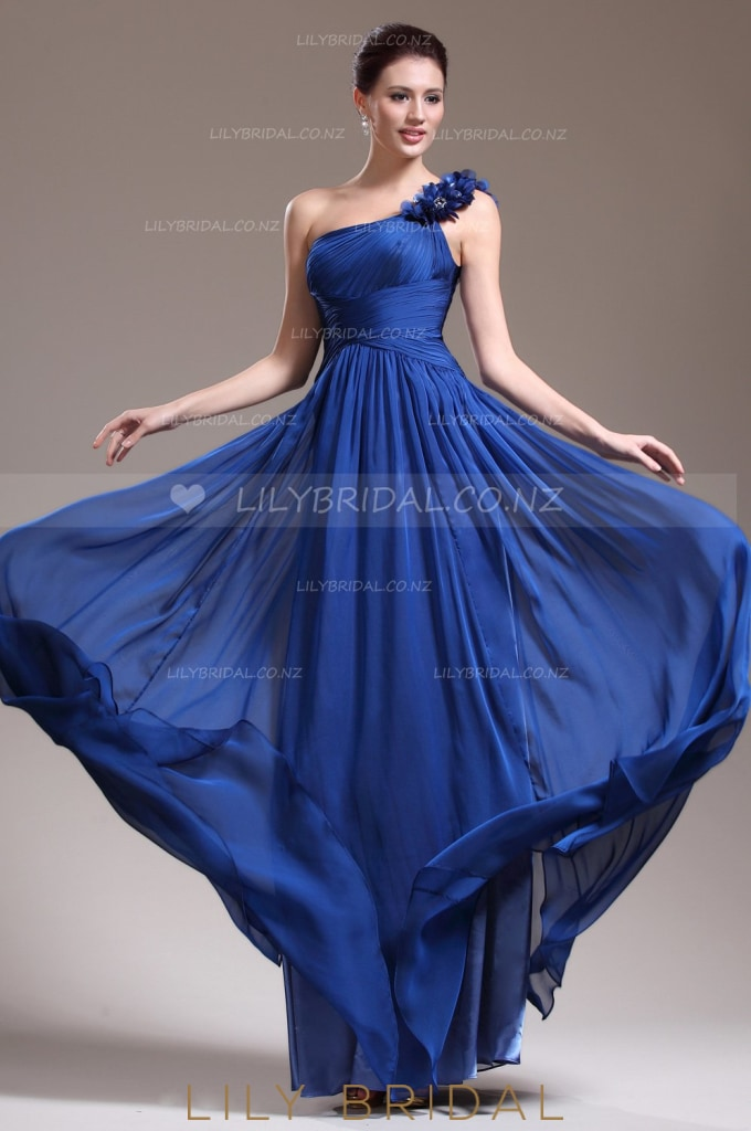 One-Shoulder Ruched Chiffon Bridesmaid Dress With Hand-Made Flower